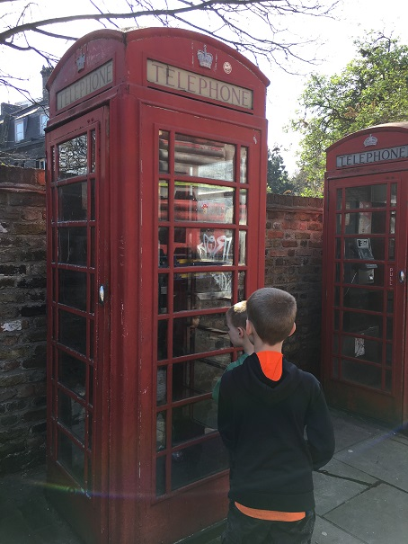 Phone Booth smaller